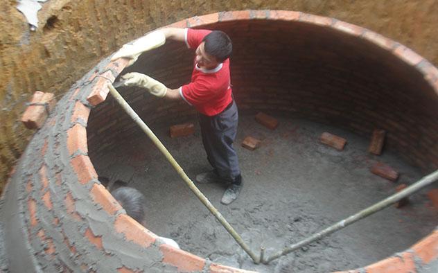 Hầm Biogas bằng gạch giá rẻ nhưng có nhiều nhược điểm
